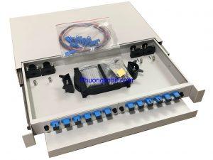 Hộp phối quang ODF 12FO/ Core khay trượt lắp tủ rack đầy đủ phụ kiện